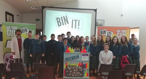 First Year and Rogers Suite students enjoy Bin It! Roadshow